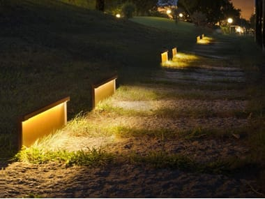 Paletto luminoso a LED in metallo STEP LINE
