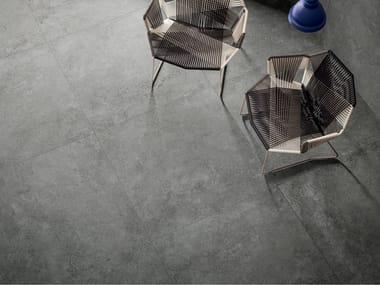 Pavimento/rivestimento in gres porcellanato effetto cemento STREET SILVER