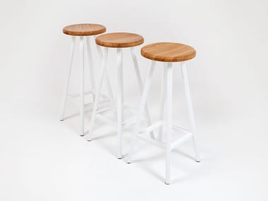 Barstool with footrest STUDIO | Barstool
