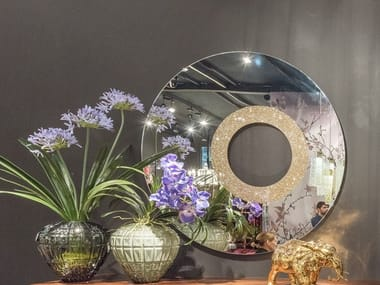 Round wall-mounted mirror SUN