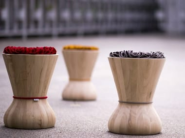 Wooden stool SWITHY | Stool