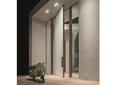 Pivot glass safety door SYNUA | Entry door