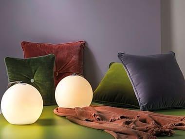 Lampada da tavolo per esterno in polietilene senza fili TAKE AWAY