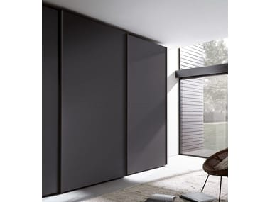 Lacquered wardrobe with sliding doors TECNO MATT | Wardrobe with sliding doors