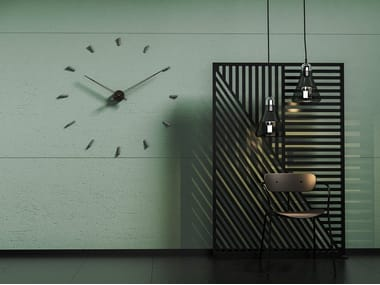 Wall-mounted metal clock TEMPO 100