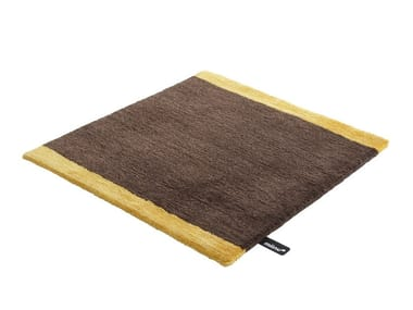 Solid-color custom rug THEMIN