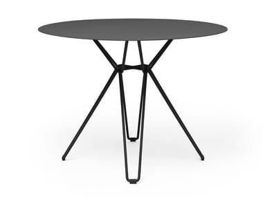 Contemporary style round synthetic fibre garden table TIO | Round table