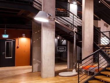 Lampadaire fluorescent orientable en aluminium pour éclairage direct TOLOMEO XXL AVEC BASE