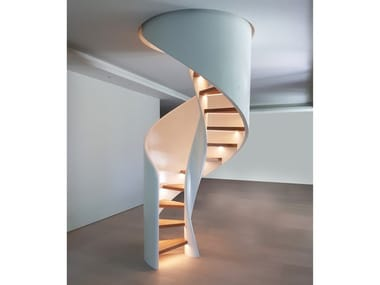Scala a chiocciola elicoidale in legno massello con LED TORNADO SPIRAL LED