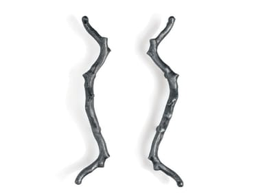 Bronze pull handle TORSO