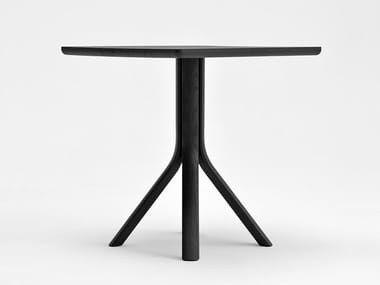 Lacquered square ash table TREE | Square table