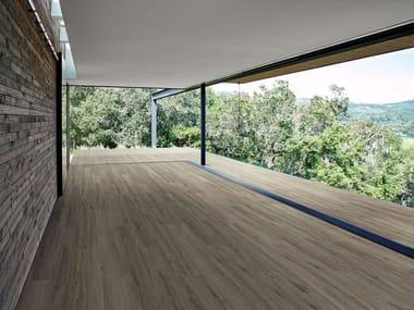Pavimento/rivestimento in gres porcellanato a tutta massa effetto legno TREVERKVIEW
