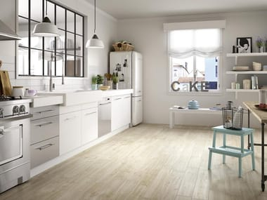 Pavimento in gres porcellanato effetto legno per interni ed esterni TREVERKWAY | Betulla