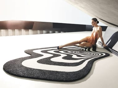 Outdoor rug with Optical Pattern TWIST & SHOUT