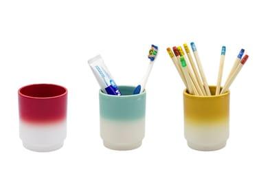 Earthenware pen/toothbrush holder UJALTA