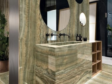 Porcelain stoneware wall/floor tiles with marble effect ULTRA ONICI - GREEN ONYX VEIN CUT