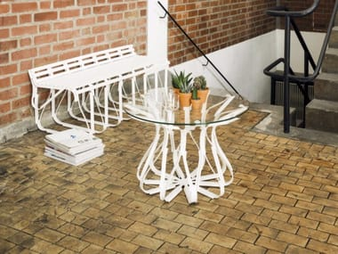 Round garden side table UPON | Garden side table