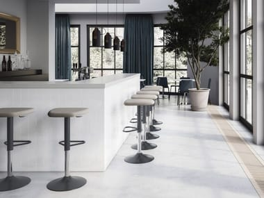 Height-adjustable barstool UPPER   Height-adjustable stool