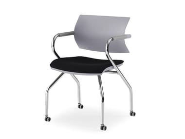 Training chair with armrests with castors VANILLA HOSPITALITY | Chair with castors