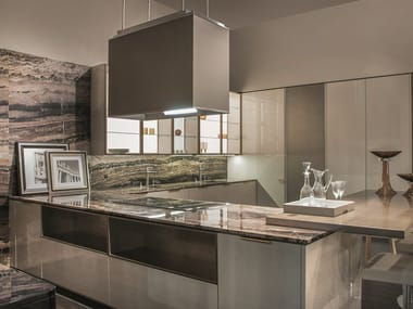 Lacquered wood-bronze fitted kitchen VILLA ADA