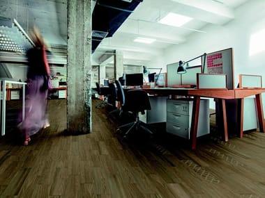 Pavimento in gres porcellanato effetto legno per interni ed esterni VISUAL | Taupe