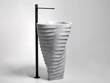 Lavabo freestanding in marmo di Carrara VORTICE