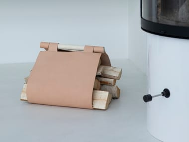 Tanned leather Log holder WEDA