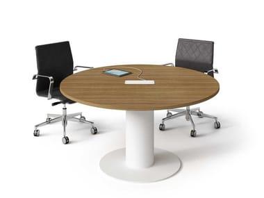 Tavolo da riunione rotondo in nobilitato con sistema passacavi WINGLET | Tavolo da riunione rotondo