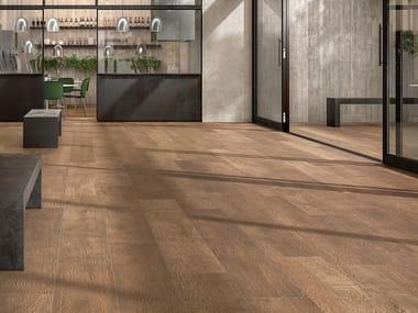 Pavimento/rivestimento in gres laminato effetto legno WOODLAND - GROVE