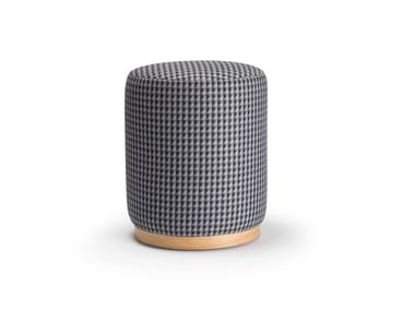 Upholstered round fabric pouf WOODY | Pouf