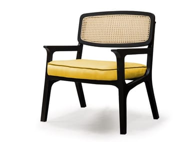 Wooden easy chair with armrests KARL | Easy chair