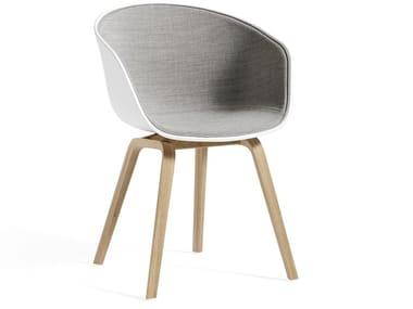 Cadeira estofada com braços ABOUT A CHAIR AAC22 | Cadeira estofada