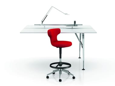 Individual synthetic material office workstation with electrical outlets AD HOC SOLITAIRES