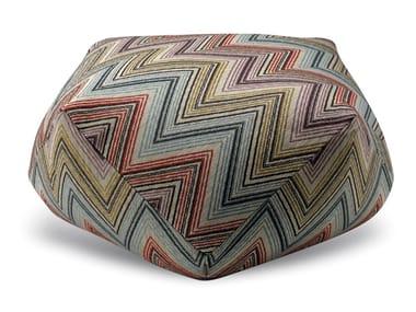 Pouf diamante in tessuto jacquard a sofisticate geometrie ANDAMANE   Pouf