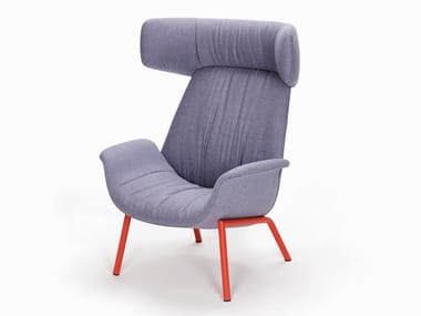 Upholstered armchair with headrest ILA 2022
