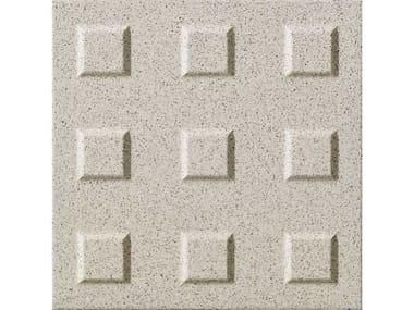 Pavimento in gres porcellanato per interni ed esterni AUTONOMY | Noppean A Serizzo
