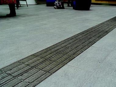 Pavimento in gres porcellanato per interni ed esterni AUTONOMY | Streifen A Emerald