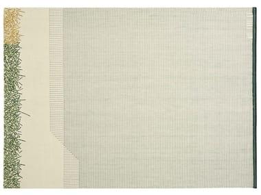 Tapis fait main rectangulaire à rayures en laine BACKSTITCH CALM GREEN