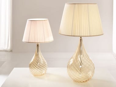 Lámpara de mesilla de vidrio soplado con luz directa LACRIMA | Lámpara de mesilla