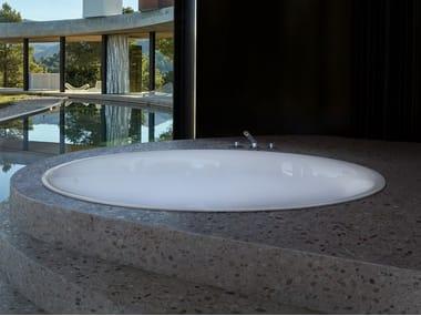 Round built-in bathtub BETTEPOND