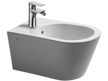 Wall-hung ceramic bidet Bidet