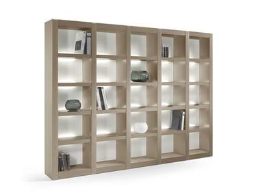 Libreria laccata in legno con illuminazione AVANTGARDE | Libreria