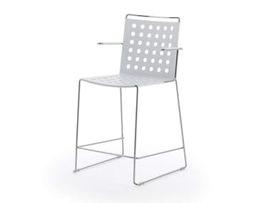 High metal stool with armrests with back BUSY | Stool with armrests