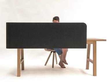Acoustical desk panel BuzziWrap Desk