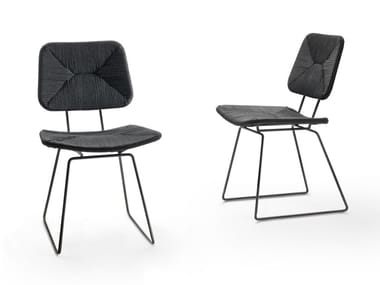 Sled base chair ECHOES | Chair