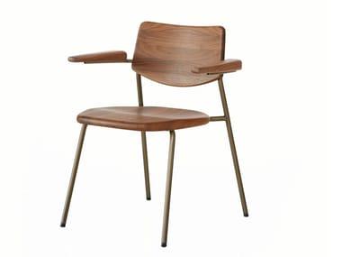Silla apilable de acero inoxidable y madera con brazos PIPE | Silla con brazos
