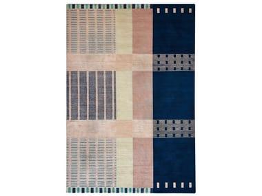 Patterned handmade Tibetan wool and bamboo silk rug CHROMALOOP MINT