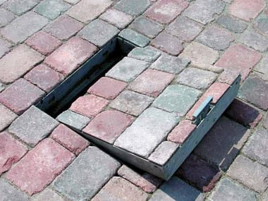 Manhole cover and grille for plumbing and drainage system CIAK