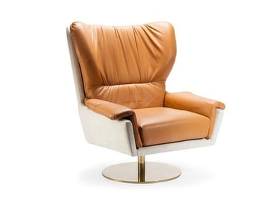 Swivel leather armchair with armrests CLOSER | Swivel armchair