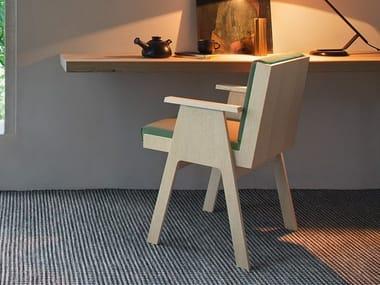 Sedia con braccioli e struttura in multistrato di pioppo CLUB 44 | Sedia con braccioli